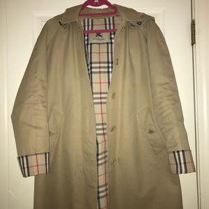 Authentic Burberry women's 3/4 trench coat